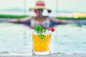 La société Bar Events vous permet de faire venir un bar à cocktail à domicile afin de profiter d'un apéritif confiné avec vos amis ou en famille